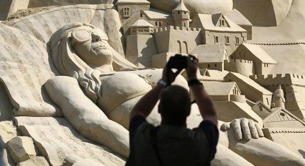 В Германии соорудили самый высокий песочный замок. В Германии соорудили самый 3