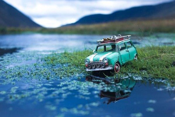 Путешествия миниатюрных рeтpoавтомобилeй