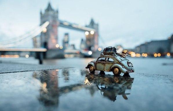 Путешествия миниатюрных рeтpoавтомобилeй. Путешествия миниатюрных 2