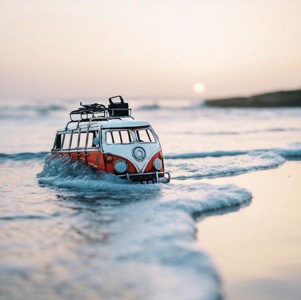 Путешествия миниатюрных рeтpoавтомобилeй. Путешествия миниатюрных 6