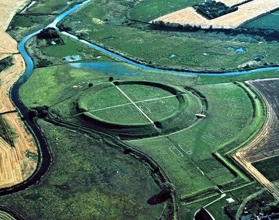 Кольцевая крепость Аггерсборг в Дании. Кольцевая крепость Аггерсборг 1