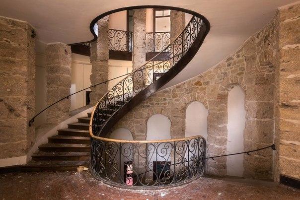 Завораживающий дизайн старинных лестниц. Завораживающий дизайн 1