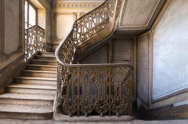 Завораживающий дизайн старинных лестниц. Завораживающий дизайн 2