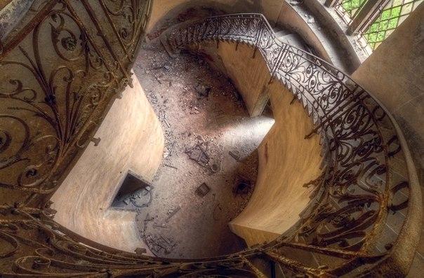 Завораживающий дизайн старинных лестниц. Завораживающий дизайн 3