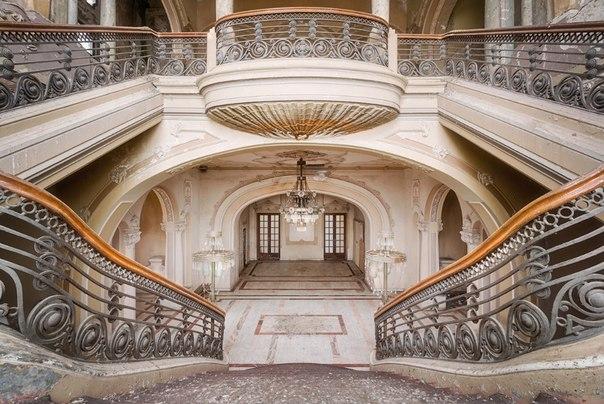 Завораживающий дизайн старинных лестниц. Завораживающий дизайн 4