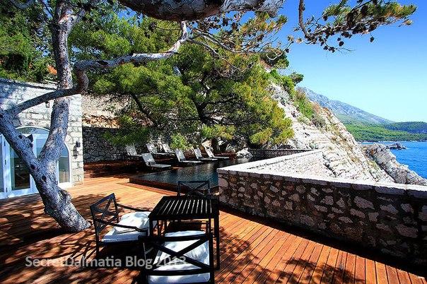 Остров-отель Святой Стефан, Черногория. Остров-отель Святой Стефан 3