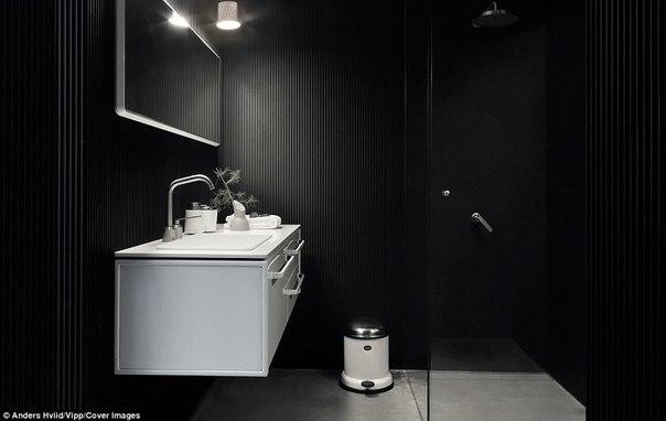 В Дании создали «станцию для перезарядки людей» и она сделана из стекла и стали. В Дании создали «станцию для 2