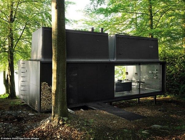 В Дании создали «станцию для перезарядки людей» и она сделана из стекла и стали. В Дании создали «станцию для 3