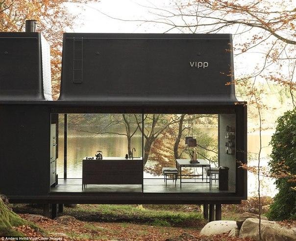 В Дании создали «станцию для перезарядки людей» и она сделана из стекла и стали. В Дании создали «станцию для 4