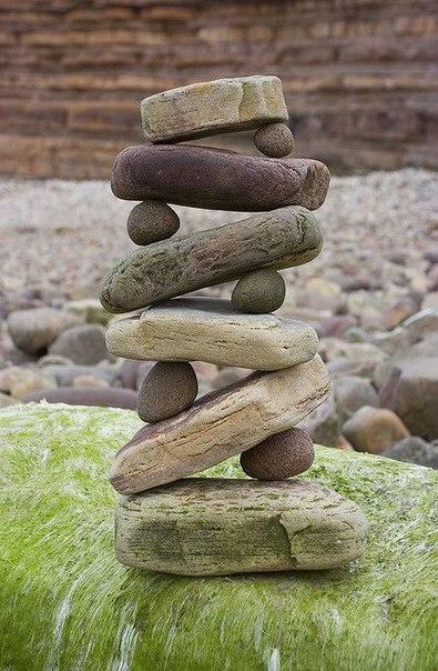 Пирамиды из камней. Пирамиды из камней 4