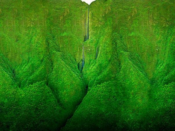 Водопад Хонокохау — доисторические пейзажи эпохи динозавров. Водопад Хонокохау — 1