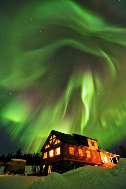 Северное сияние – одно из самых потрясающих природных явлений. Северное сияние – одно из 5