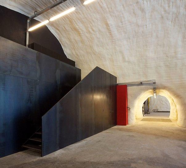 Архитектура и интерьер пожарной части в Италии. Архитектура и интерьер 1