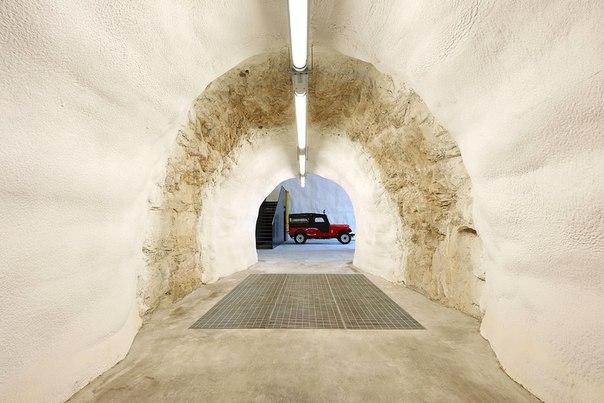 Архитектура и интерьер пожарной части в Италии. Архитектура и интерьер 2