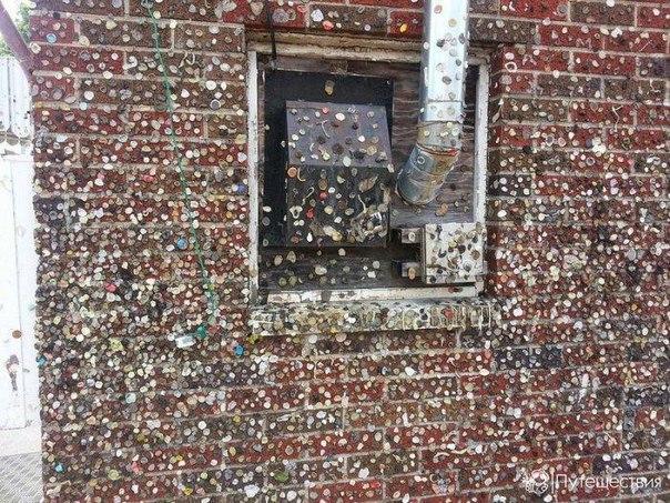 Достопримечательности США: стены жевательных резинок