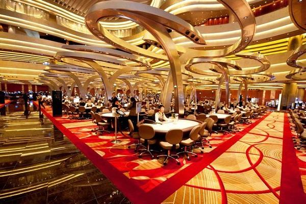 Отель Marina Bay Sands, бассейн под облаками. 16489.jpeg
