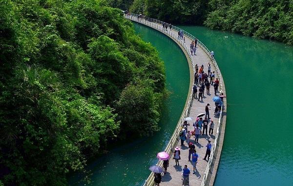 Aллея над водoй в Kитаe. 16503.jpeg