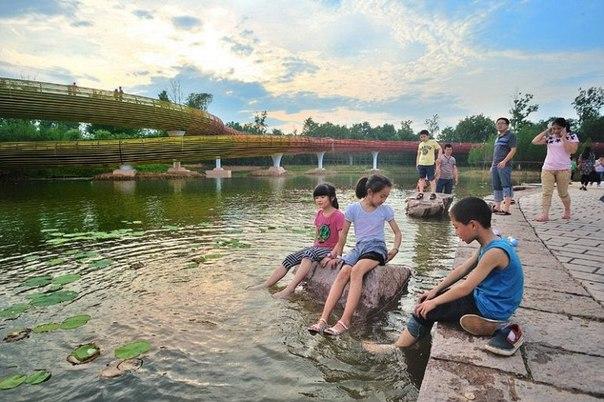 Живописный парк Янвэйчжоу в Китае. Живописный парк Янвэйчжоу в 1
