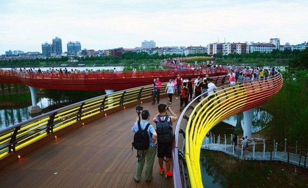 Живописный парк Янвэйчжоу в Китае. Живописный парк Янвэйчжоу в 3