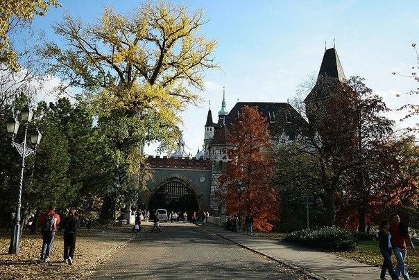 Парк Варошлигет в Будапеште — от купален до зоопарка. Парк Варошлигет в Будапеште — 3