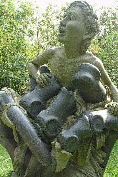 """Парк скульптур """"Путь Виктории"""" в графстве Уиклоу. Парк скульптур """"Путь Виктории"""" 1"""