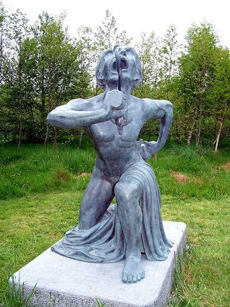 Скульптуры из индийского