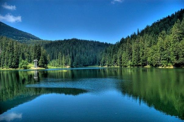 Синевир - самое красивое озеро Украинских Карпат. Синевир - самое красивое озеро 2