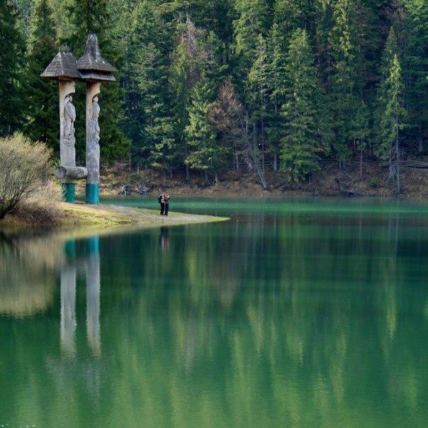 Синевир - самое красивое озеро Украинских Карпат. Синевир - самое красивое озеро 3