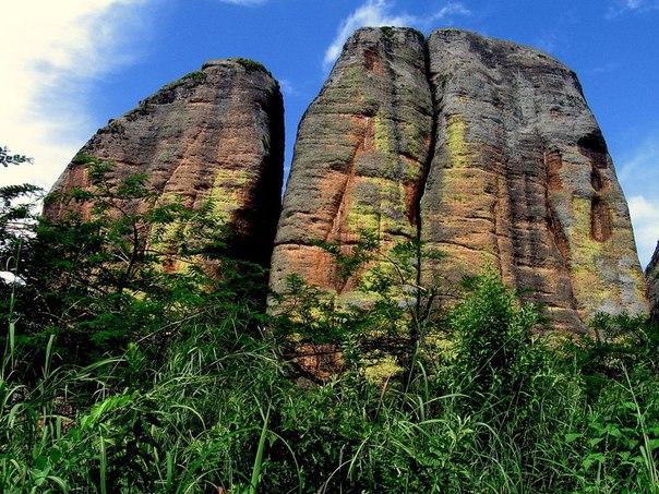 Чёрные камни Пунго-Андонго. Чёрные камни Пунго-Андонго 2