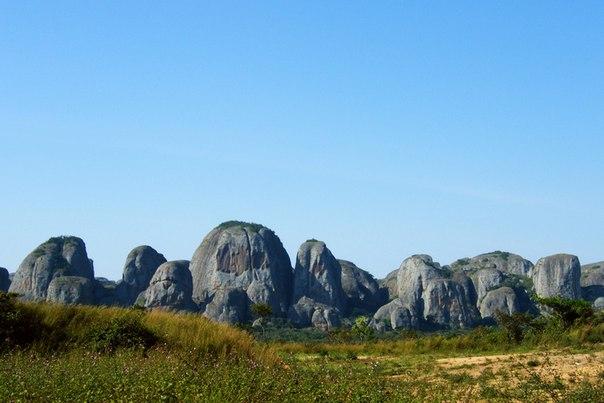 Чёрные камни Пунго-Андонго. Чёрные камни Пунго-Андонго 6
