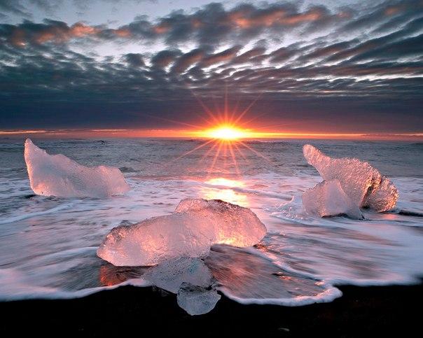 Ледниковое озеро Йокульсарлон в Исландии. Ледниковое озеро Йокульсарлон 3