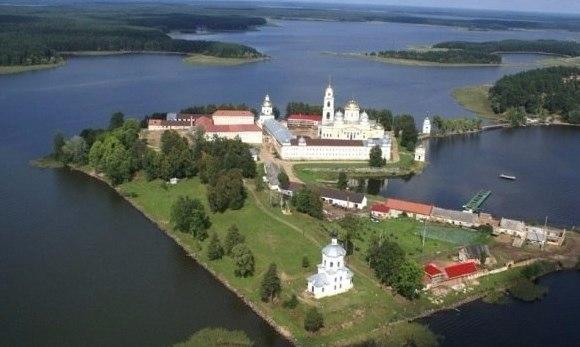 Десять удивительных озер России. Десять удивительных озер 9