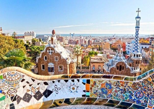 Восемь испанских городов, куда лучше ехать осенью, чем летом
