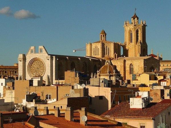 Восемь испанских городов, куда лучше ехать осенью, чем летом. Восемь испанских городов, куда 5