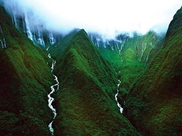 Водопад Хонокохау — доисторические пейзажи эпохи динозавров